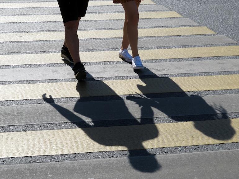 michigan-crosswalk-law