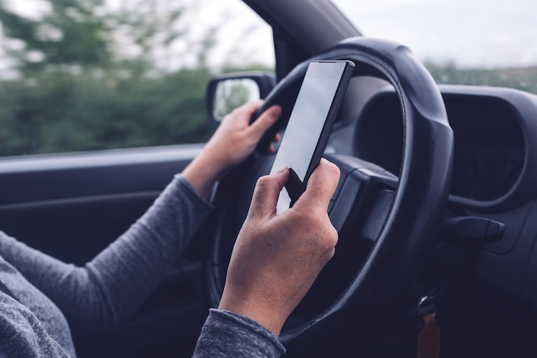 distracted driving laws in Michigan | Sam Bernstein Law Firm