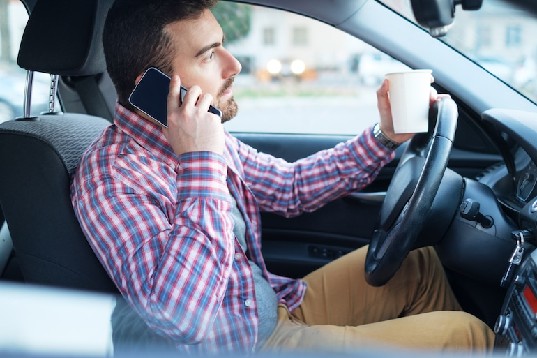 5 Things To Know About Michigan Cell Phone Driving Laws