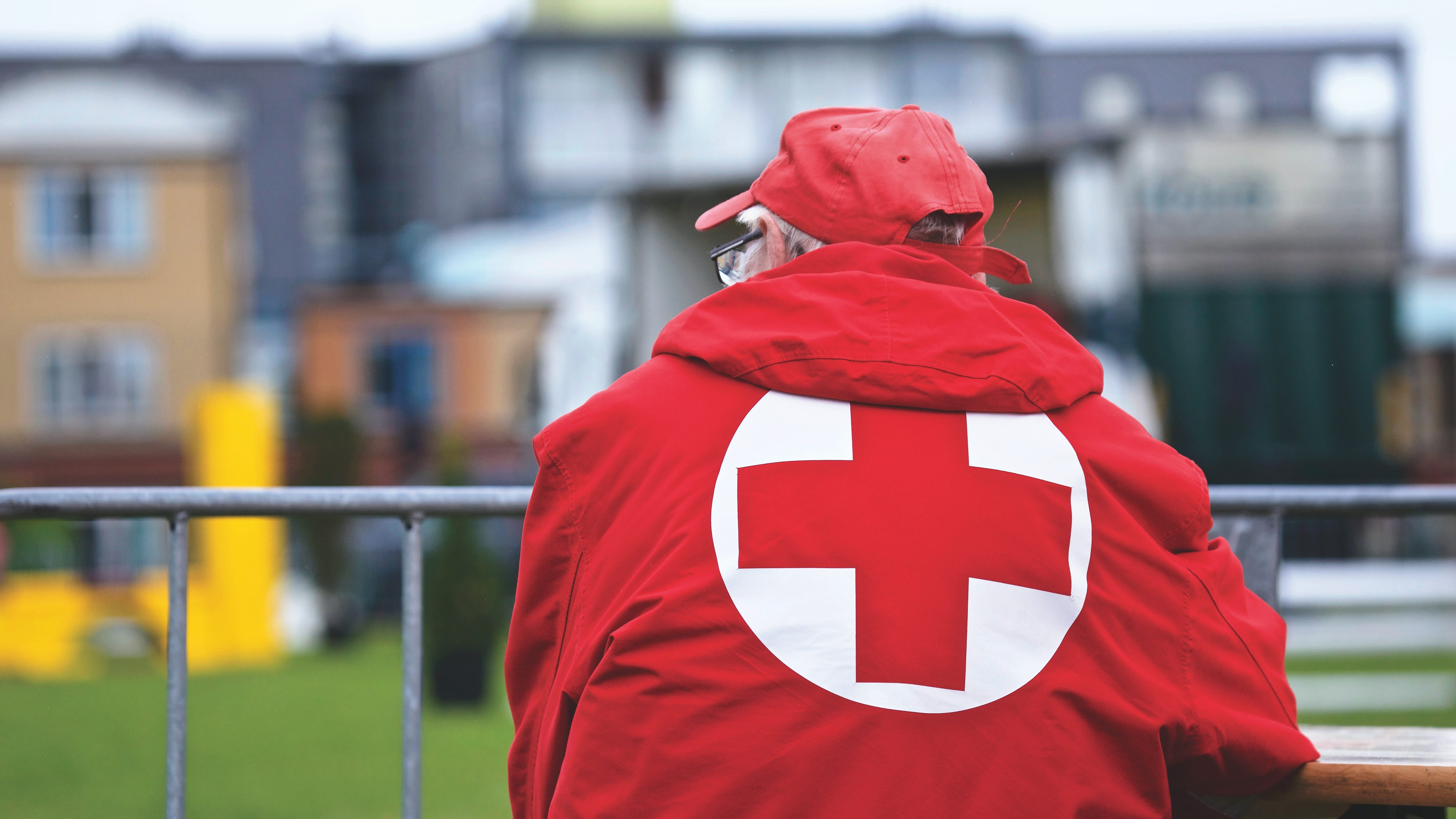 red cross assists midland michigan flood victims