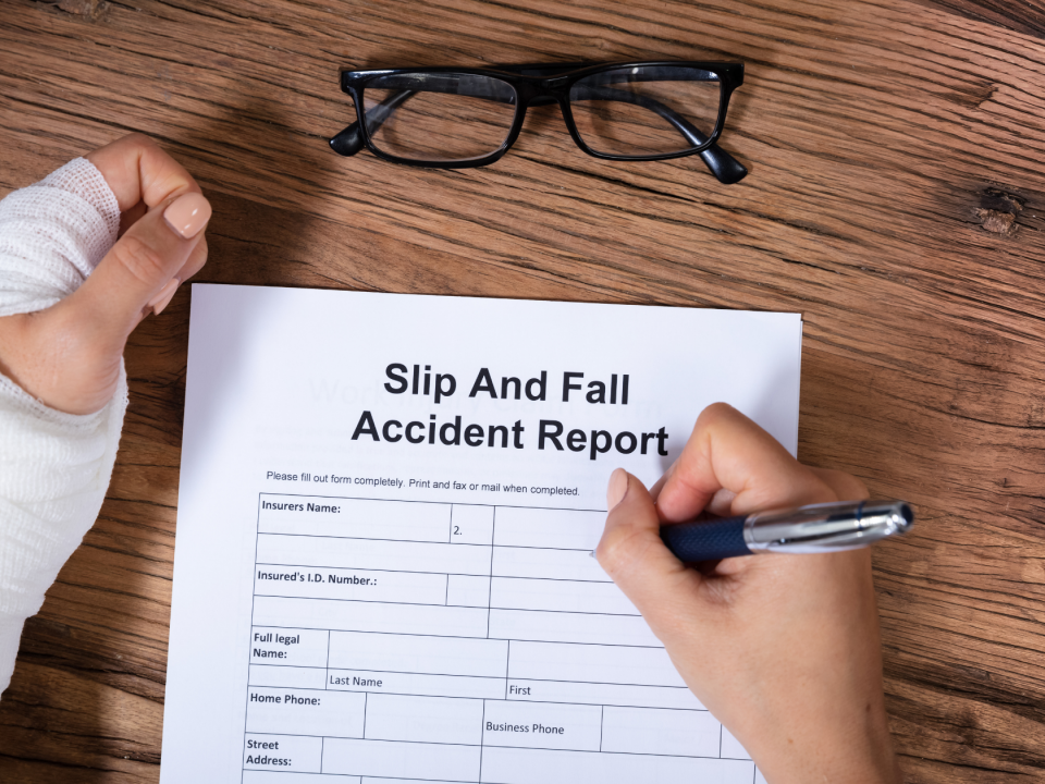How lawyer can win your slip and fall lawsuit, Sam Bernstein